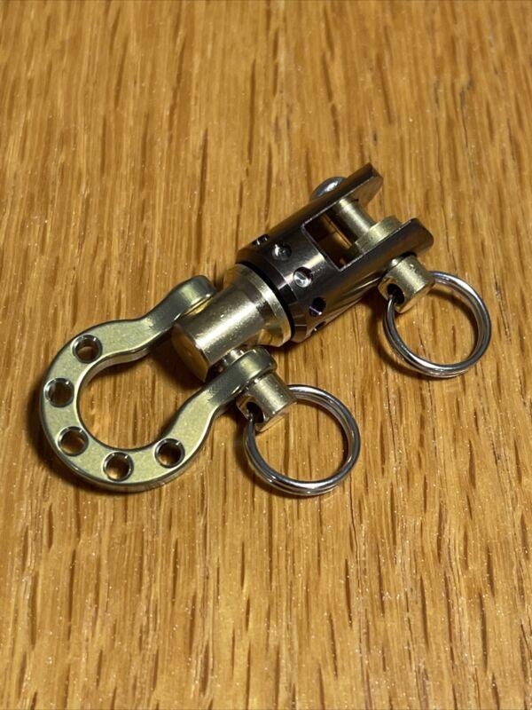 EDC Titanium Ti Tuning Fork Swivel w/Lucky Horseshoe, Keychain, Copper, Gold
