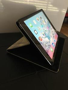 AS NEW iPad Mini 16GB + Case Petrie Pine Rivers Area Preview
