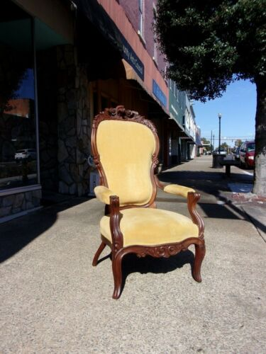 Outstanding Walnut Rococo Victorian Parlor Chair 1890s