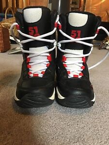 Kids Snowboarding Boots Size 2