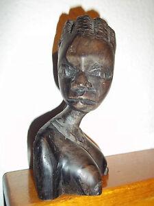 statuetta-africana-in-legno-raffigurante-una-donna