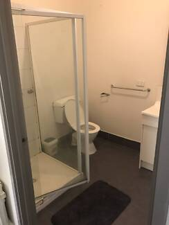 furnished studio,with 3 single beds no bills