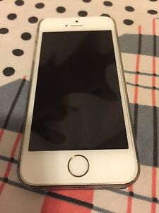 Gold iPhone 5S Mint condition!!!