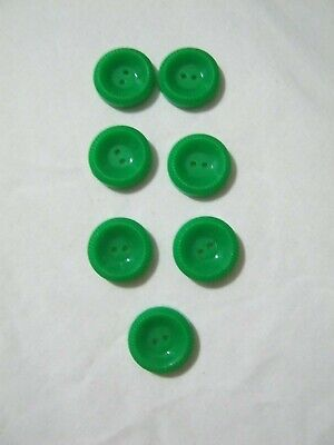 Vintage early plastic green buttons x 7: ?1940/50s