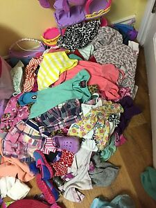 Lot of size 2-3t clothes