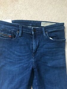 Diesel jeans skinzee medium wash size 30 lightly used