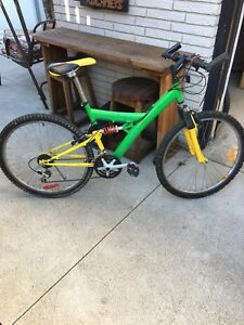 21 speed mono shock mountain bike