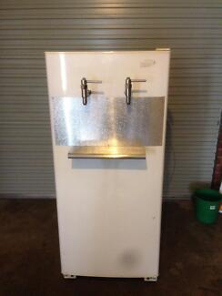 Kegerator, keg fridge, beer fridge, beer