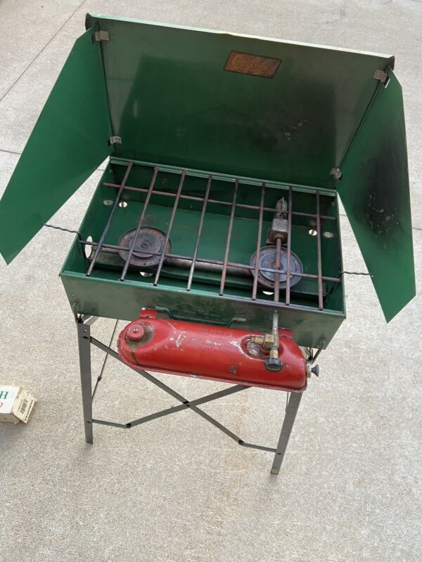 Vintage Coleman 425B 2-Burner Camp Stove and Collapsible Stand- Untested