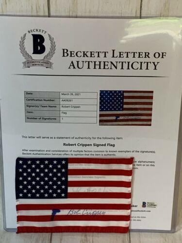 Astronaut Bob Crippen Signed 4x6 STS-1 American Flag NASA Beckett COA