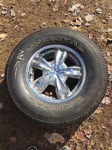 Mags a vendre p 265/70/r16 pneus encore tres bon