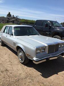 1985 Chrysler 5th ave sedan