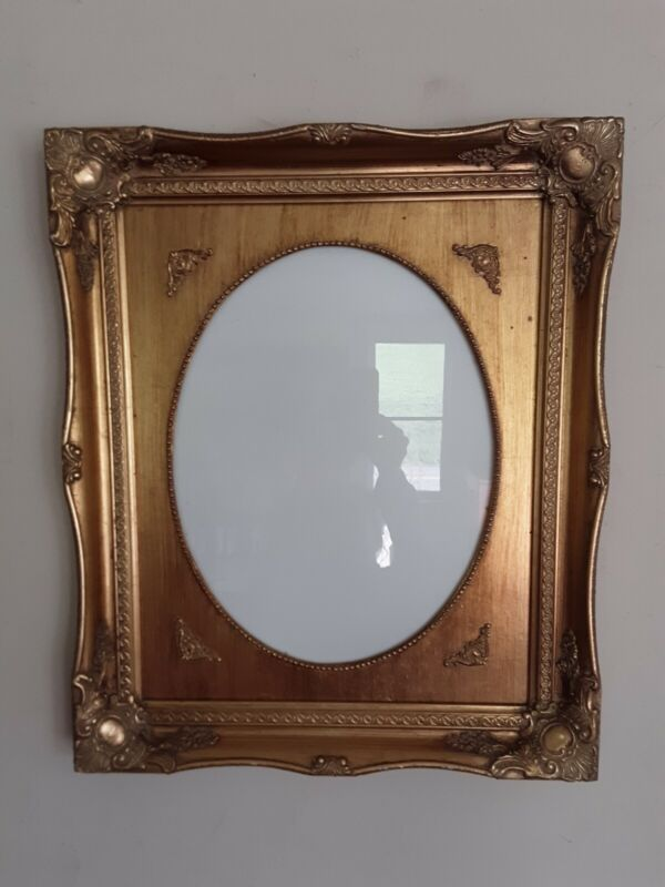 Vintage? Ornate Gold Wooden Frame W/ Oval Opening -Beautiful