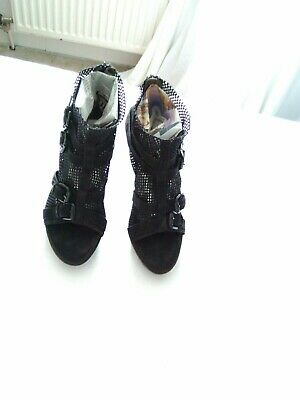 Kennel Schmenger open toe shoes Size 6