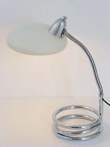 Lampe de bureau chevet pied ressort typique 1960 vintage for Lampe de bureau sur pied