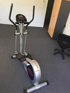 Cross Trainer with electronic guide Beacon Hill Manly Area Preview