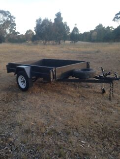 Trailer 7x5 hydraulic brakes
