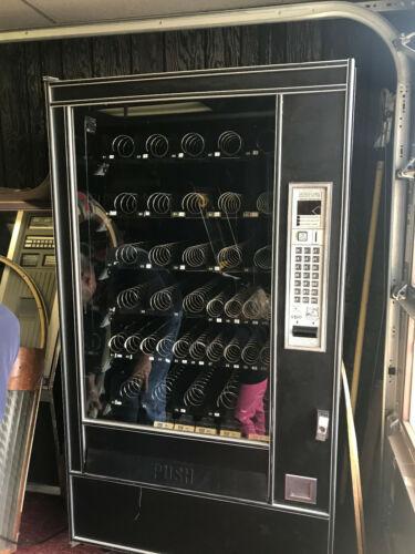 Automatic Products SNACKSHOP AP 7000/7600 Vending Machine
