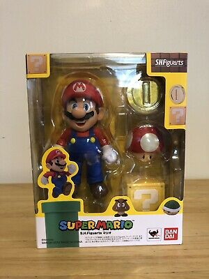 S.H. Figuarts Mario Action Figure