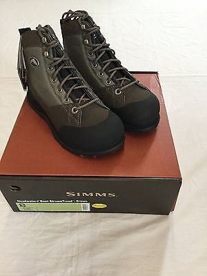 Simms Headwaters Wading Boots   Vibram Sole  Size 8   Retail  149 95
