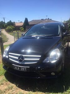 Mercedes-Benz R280 CDI 2008 Diesel 7 Seats.  with RWC Roxburgh Park Hume Area Preview