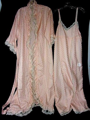 2 Piece Vtg Givenchy Intimites Paris Pink Robe P/Slip/L Lingerie Lace Set  vnc
