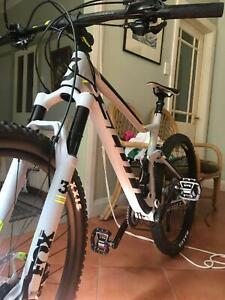 Scott Spark 740 large size dual suspension mountain bike