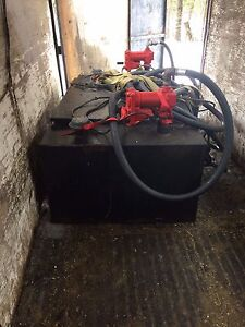 400 litre slip tank with tool box
