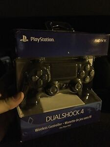 Brand New PS4 Controller in Black