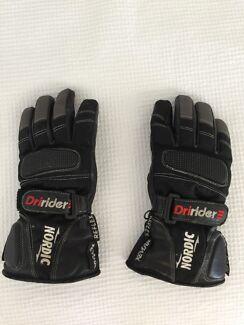 Ladies motorbike gloves