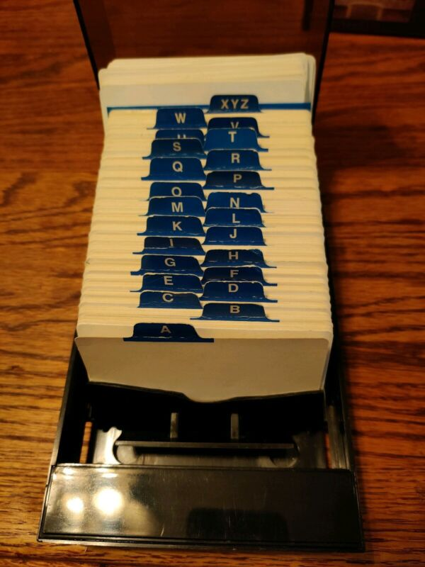 Vintage ROLODEX VIP-24C Covered VIP File without box