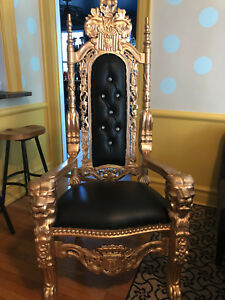 Carved Mahogany Lion King Throne Chair  GOLD/BLACK New Condition
