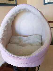 Cat basket Doubleview Stirling Area Preview