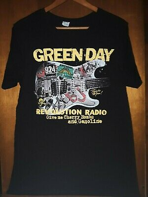 Green Day- Revolution Radio Lic OOP Black T-Shirt- Medium