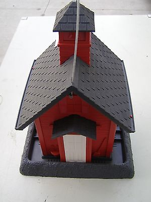 New Red School House Durable Plastic Bird Feeder Made In The USA! Make Offer !!