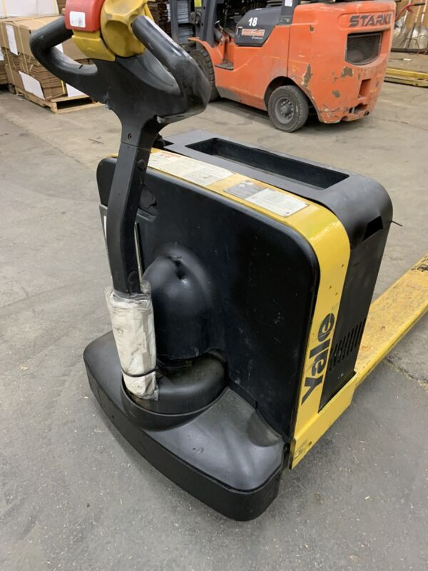 Yale Eectric Pallet Jack