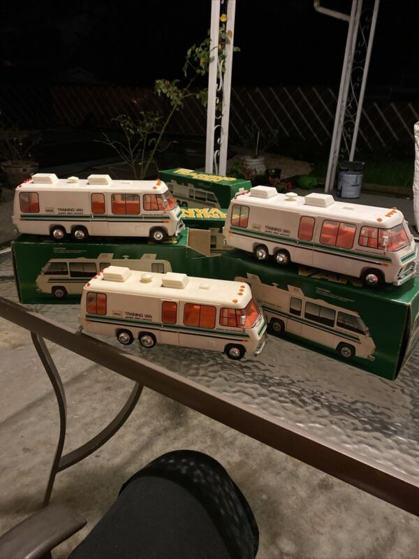 1978 HESS TRUCK TRAINING VAN in original box What You See What You Get Only One