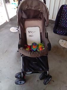 Kids stroller Yorkeys Knob Cairns City Preview