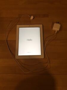 16 gig IPad 2 with wifi and cellular