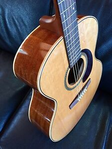 Seagull Maritime Mini Jumbo Gloss Acoustic Guitar