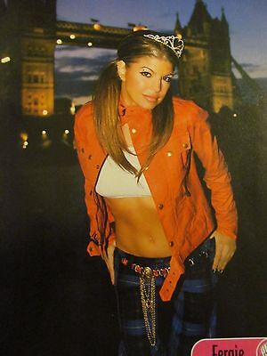 Fergie, Black Eyed Peas, Rihanna, Double Full Page Pinup