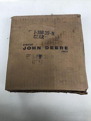 New Old Stock J18839 Gear John Deere 237 227 127 Corn Picker