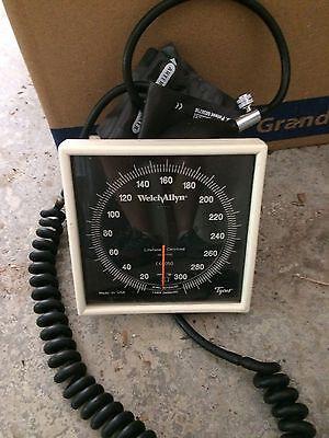 Welch Allyn Aneroid Tycos Sphygmomanometer Blood Pressure Wall Unit