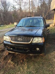 2 Ford explorers for parts