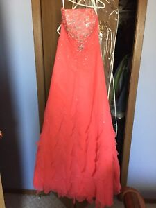 Gorgeous Coral Grad/ Formal Dress