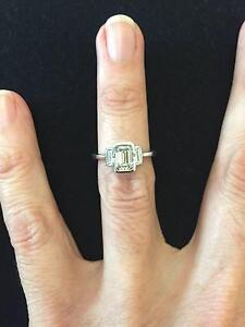 18ct white gold diamond ring Ascot Vale Moonee Valley Preview