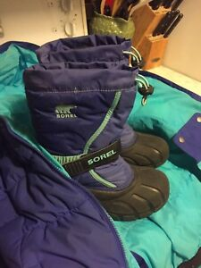 Girls Winter Columbia M / Sorel size 2
