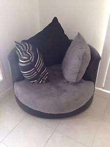 Swivel chair for sale Logan Village Logan Area Preview