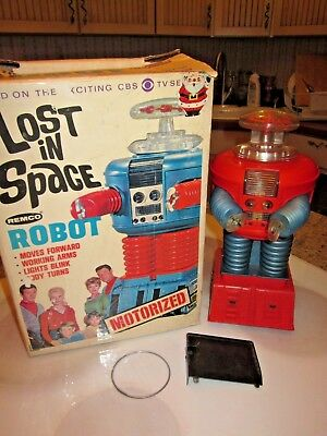 vintage 1966 Remco Lost In Space Robot in box WORKS