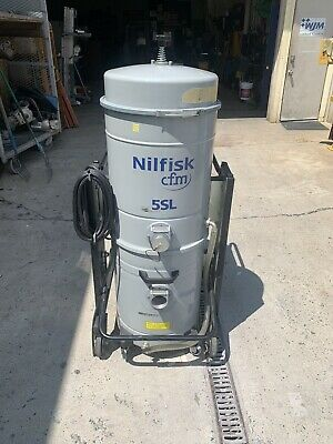 Nilfisk Cfm 5sl Industrial Vacuum Mobile Wetdry 3 Phase 440v  3